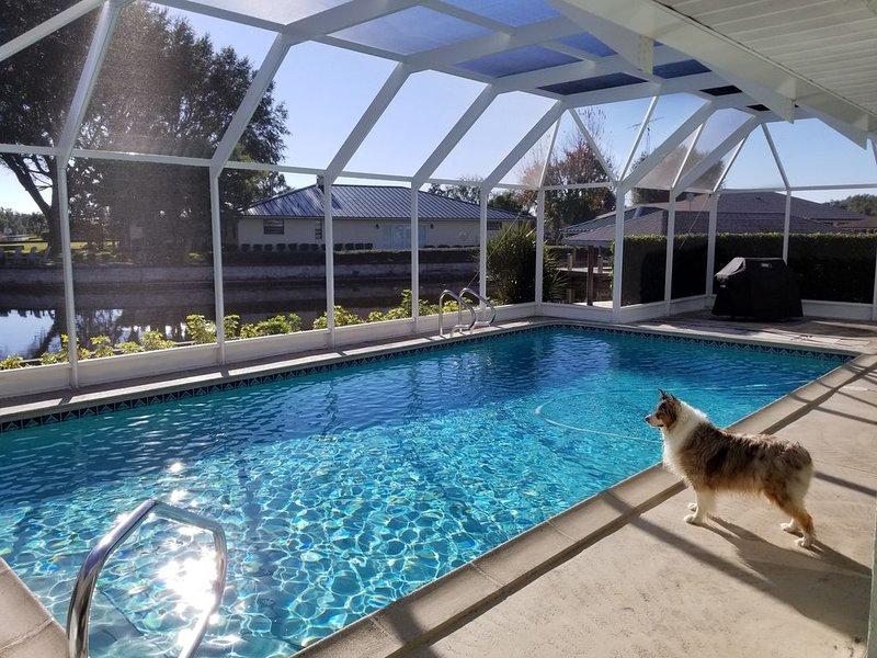 Spacious pool home on corner canal lot to Lake June, location de vacances à Lake Placid