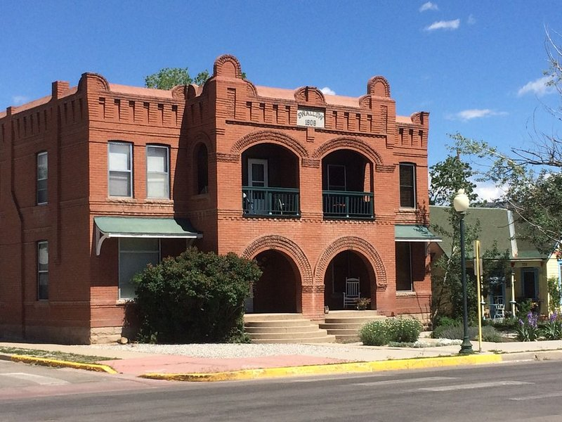 Best location in Salida! Walk to shops, restaurants, parks, river, vacation rental in Salida