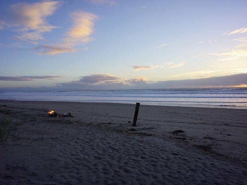 Hogueras en la playa! ¡Pregúntele a nuestro equipo de recepción acerca de un servicio de fogata!