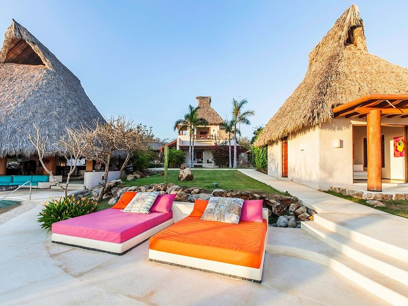 Poolside Day Beds
