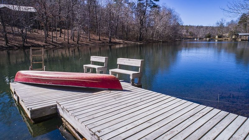 Enjoy peace and quiet 'off the grid' at Setaspell, holiday rental in Mentone