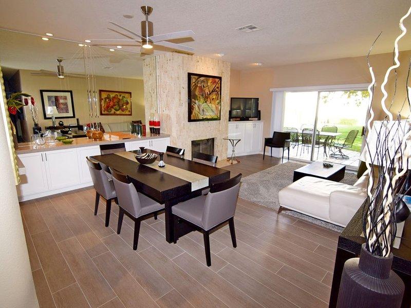 3 Bedrooms, Ground level, Free tennis & gym, public golf/No tax on 27 night stay, alquiler de vacaciones en Palm Desert