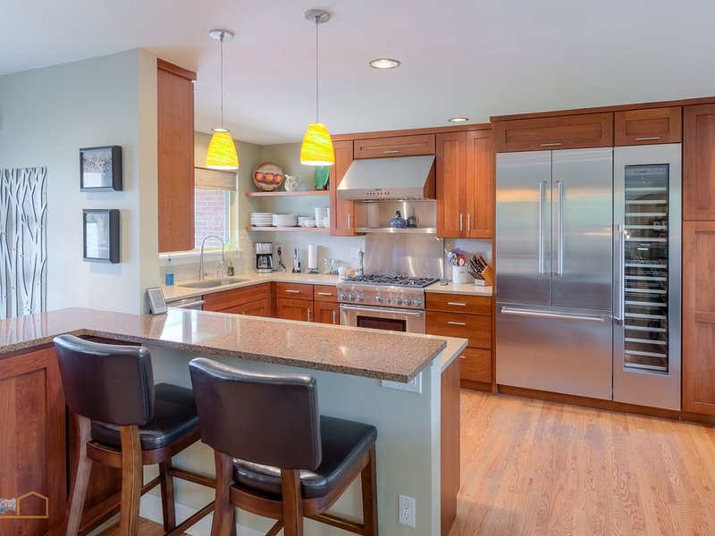 Luxury Home Perched in the Heart of Downtown Boulder, holiday rental in Boulder