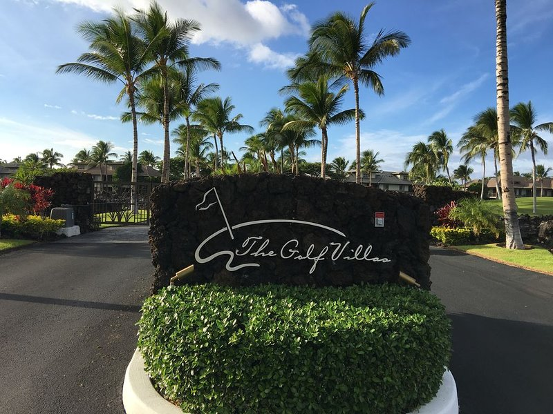 Charming Golf Villas Condo At Mauna Lani! Includes Accesss to Private Beach!, vacation rental in Puako