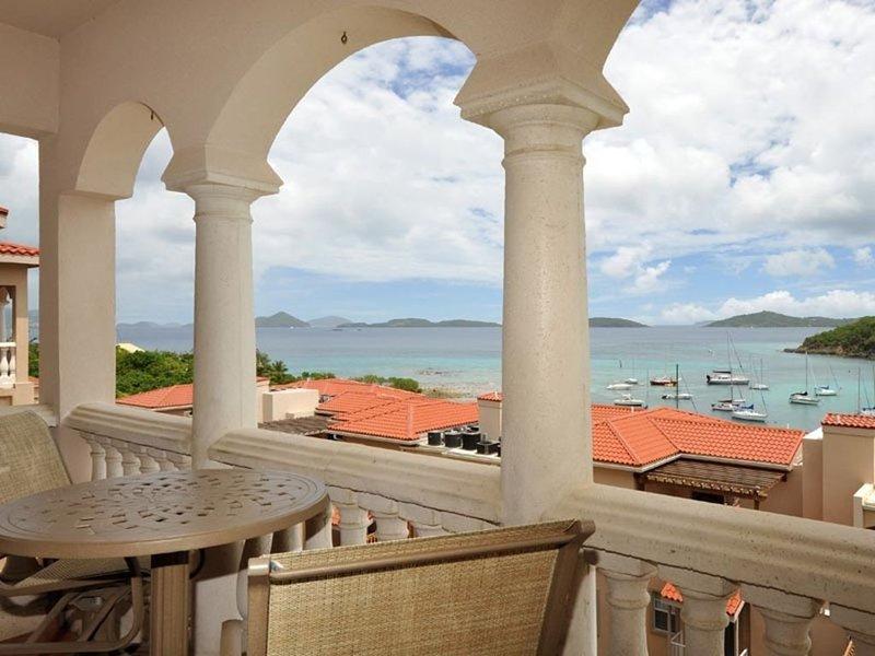 Livin' the Dream Studio * Grande Bay, waterfront Studio in Cruz Bay!, holiday rental in Cruz Bay