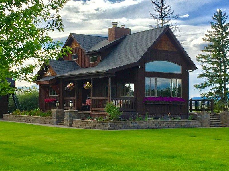 Stage Road Estate. Peaceful executive home close to Glacier National Park., alquiler de vacaciones en Columbia Falls