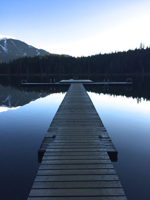 Stort däck vid Lost Lake