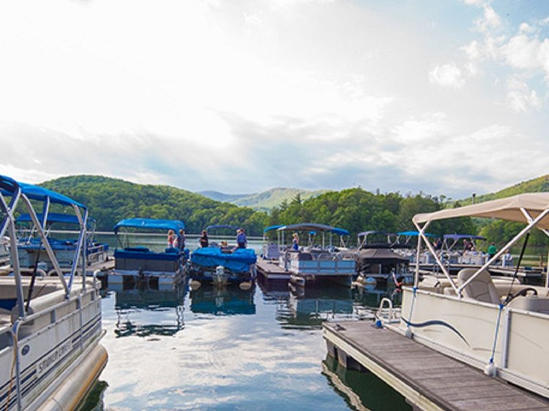 Lakes with Boat Rentals