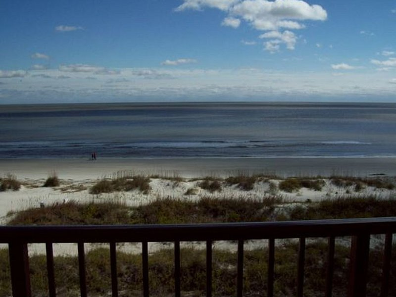 Admiral's Row Penthouse , Top Floor View, vacation rental in Bluffton