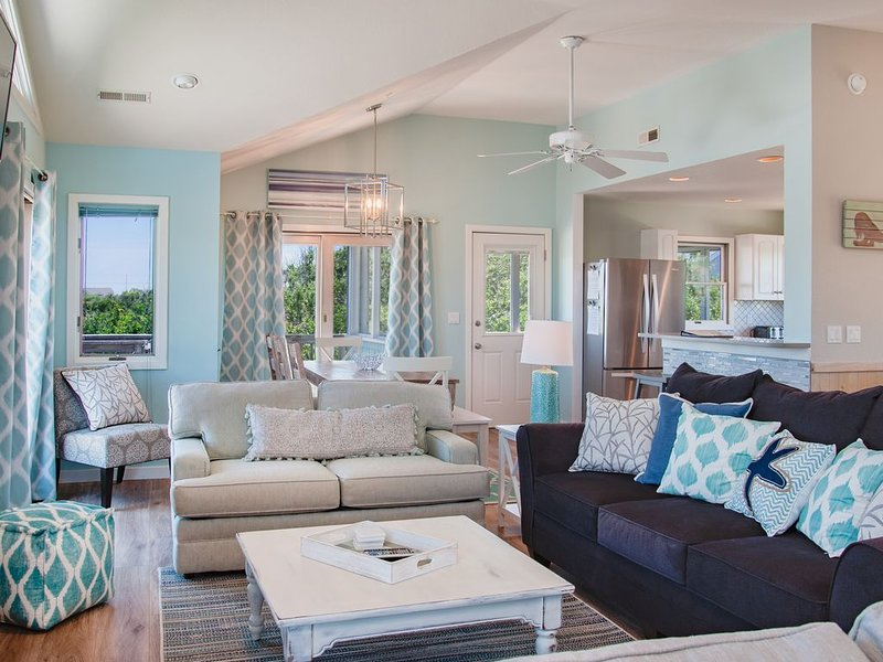 Gorgeous 5 BDRM w/Sweeping Ocean Views, Going Pet Friendly in 2021, vakantiewoning in Kitty Hawk