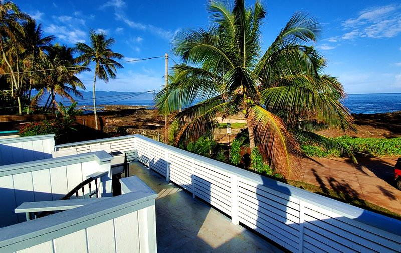 Beatiful Private Home Right There at Sharks Cove, holiday rental in Haleiwa