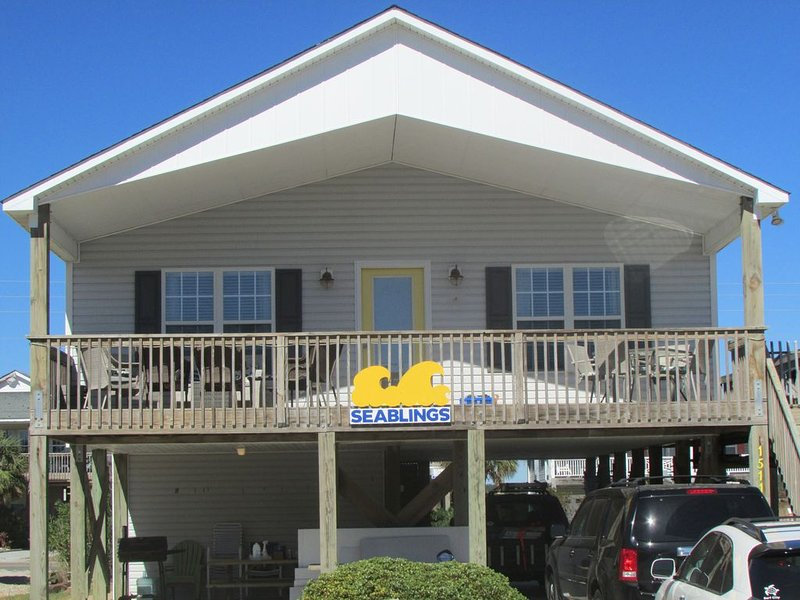 Quiet location, Beach access, Pet Friendly, Wifi, Wide beach, great for fishing!, holiday rental in Surf City
