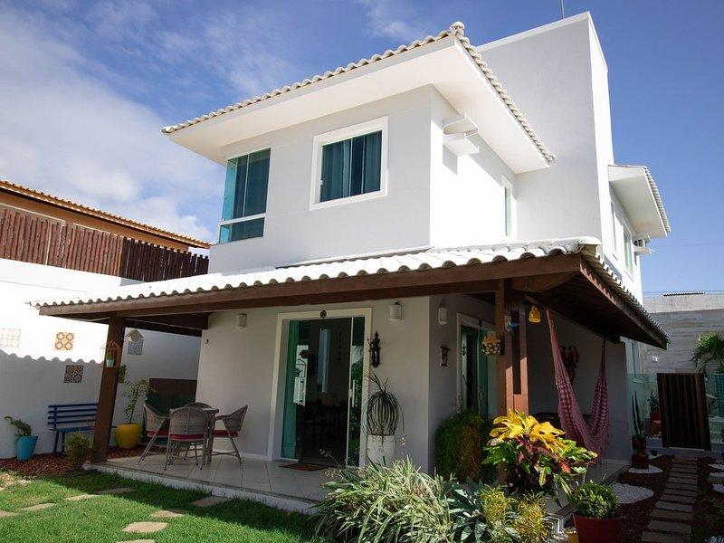 GB01 Excelente Casa 4/4 em Guarajuba com Piscina e WiFi, location de vacances à Jenipabu