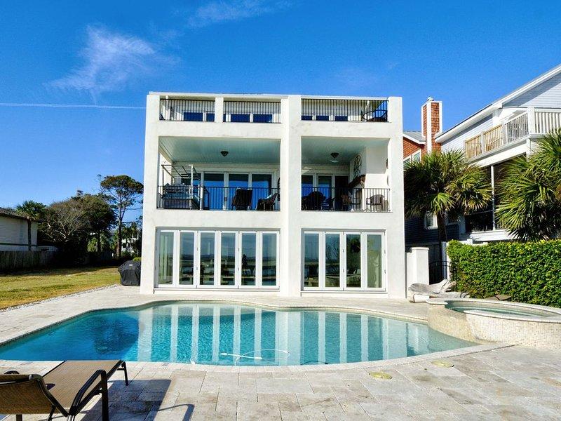 Dream Beach House with amazing views, location de vacances à Sea Island