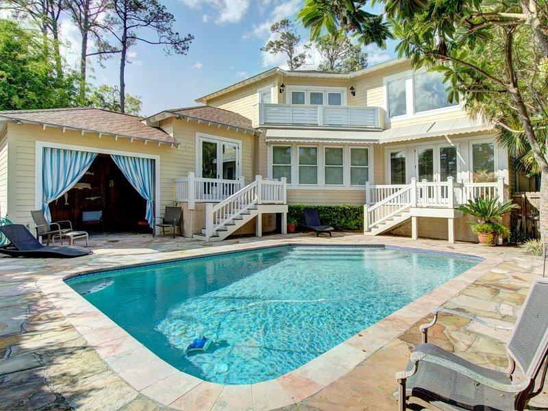 Large Luxury Home on East Beach with Marsh Views, alquiler de vacaciones en Brunswick