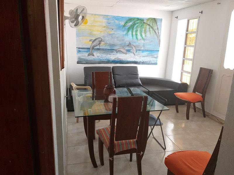 APARTAMENTO GRANDE Y AGRADABLE, holiday rental in Turbaco