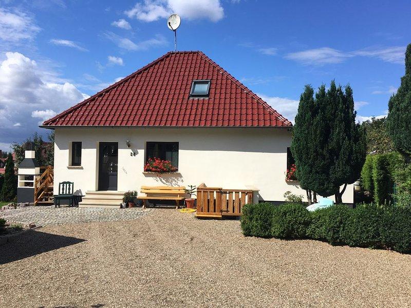 Ferienhaus am Eichenfleck, vacation rental in Reuterstadt Stavenhagen