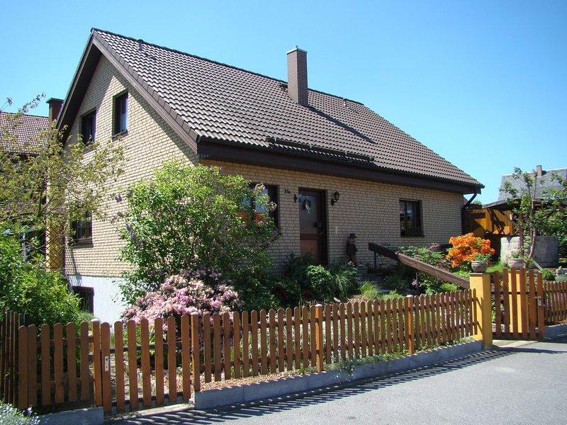 Fewo in ruhiger, sonniger Stadtrandlage in der Sächsischen Schweiz, location de vacances à Sebnitz