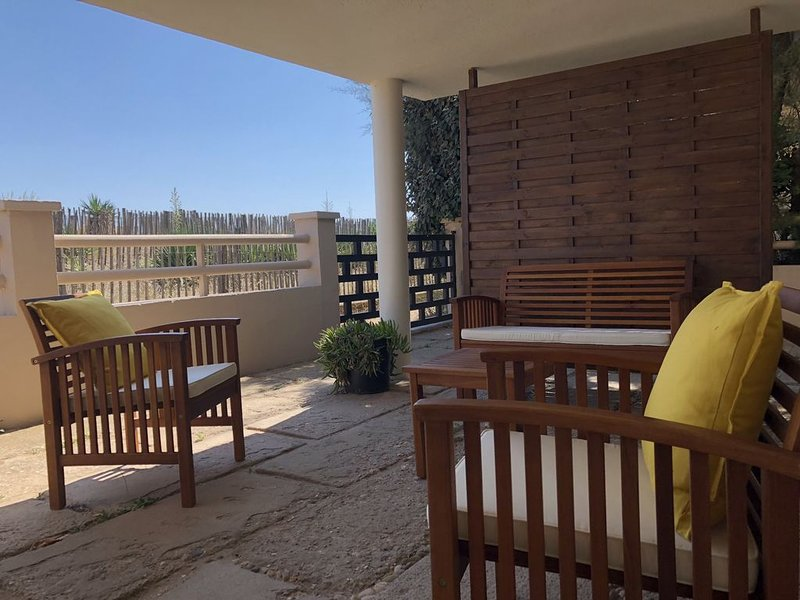 Studio+2 chambres 4 personnes, holiday rental in Valras-Plage