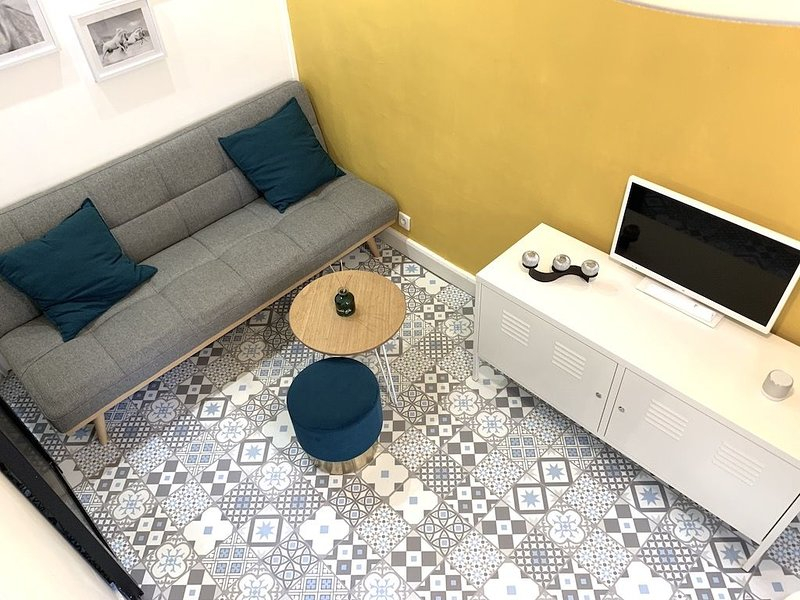 Lovely and cozy studio, vacation rental in Levallois-Perret