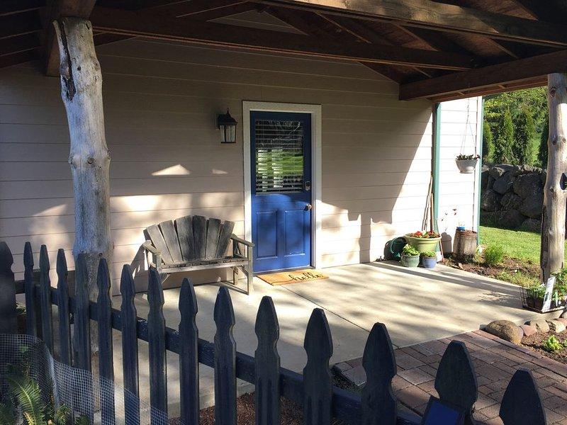 Cozy Cottage in barn, alquiler de vacaciones en Port Angeles
