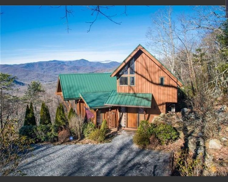 Your mountain escape awaits!, holiday rental in Mills River