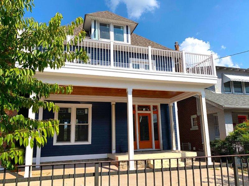 Bourbon Bachelors and Bardstown Road - Epic Sky Deck - Sleeps 14+, location de vacances à Saint Matthews