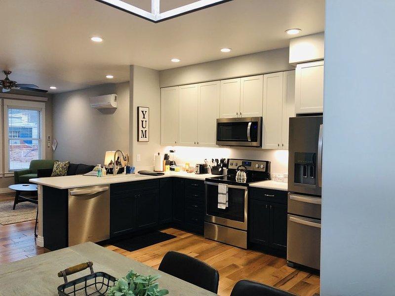 New Luxury Condo in Downtown Salida, CO #0677, aluguéis de temporada em Howard