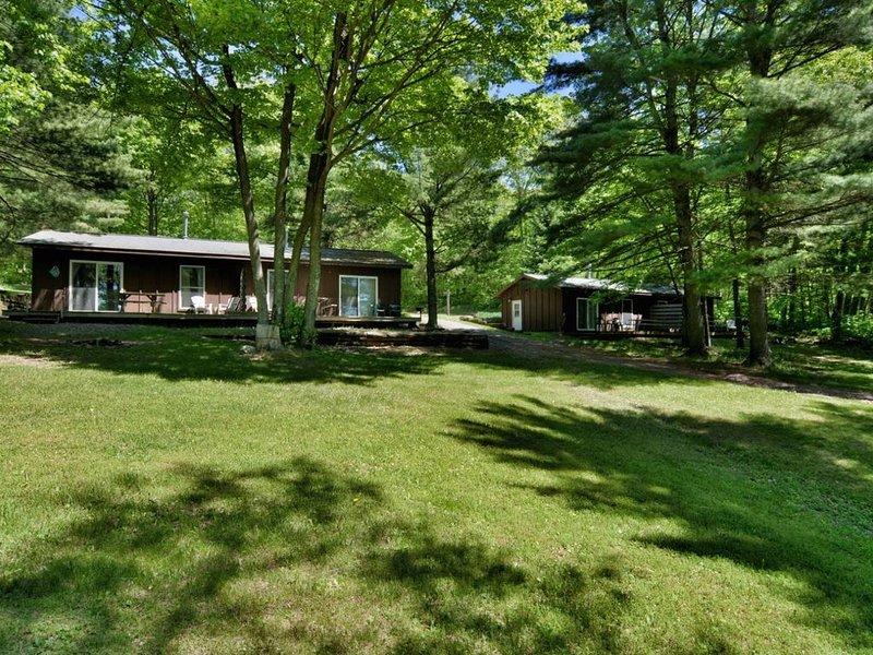 Deer Trail Resort Lakeside 5, alquiler de vacaciones en Barnes
