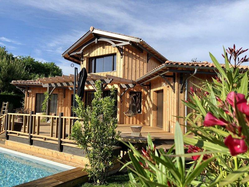 Maison standing Lège Cap Ferret - 2 - 10 pers - Piscine - Calme et familiale., holiday rental in Lege-Cap-Ferret