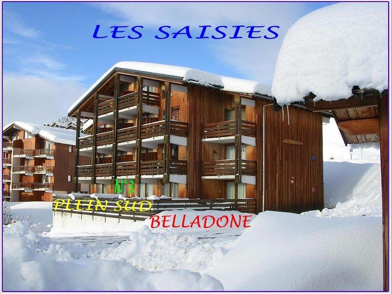 APPARTEMENT EN REZ DE TERRASSE PLEIN SUD AVEC PARKING A PROXIMITE DES PISTES, holiday rental in Les Saisies