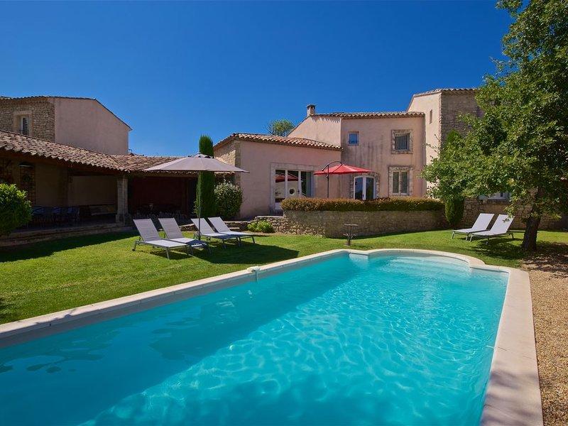 Belle maison de Village dans Goult, aluguéis de temporada em Gordes