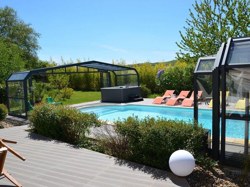 VILLA de charme & complexe BALNEO privatif, billard, SARLAT, location de vacances à Sarlat la Canéda