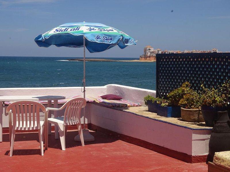 Coquet Bungalow pieds dans l'eau, vacation rental in Rabat-Sale-Zemmour-Zaer Region