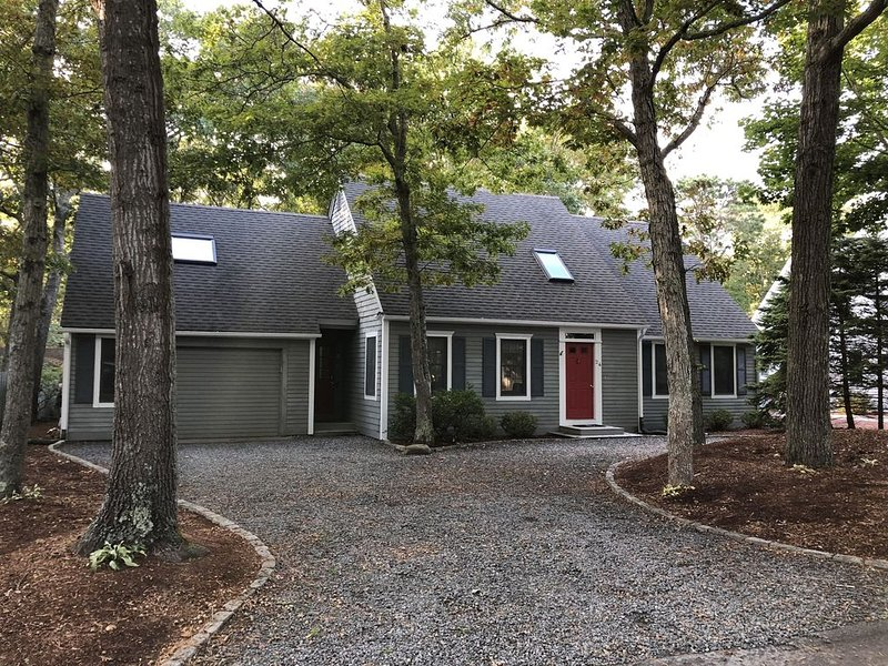 Escape to the Cape!!, vacation rental in Mashpee