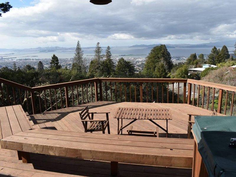Breathtaking Bay Area Views in Berkeley Hills Next to Tilden Park, alquiler de vacaciones en Albany