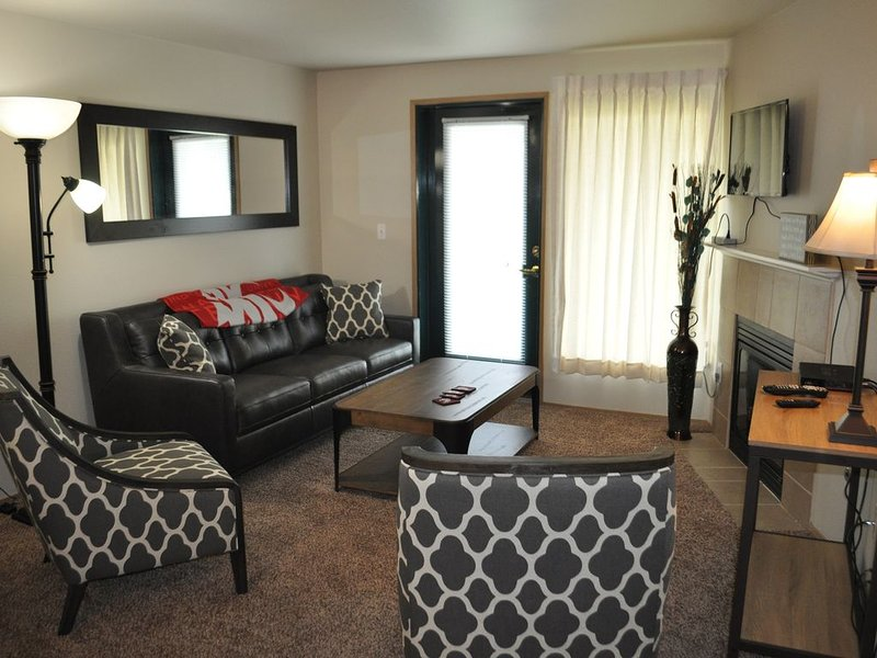 Live Among the Washington State COUGS! Unit 104, holiday rental in Moscow