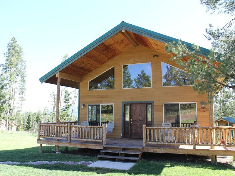 Mountain Home at Georgetown Lake, alquiler de vacaciones en Anaconda