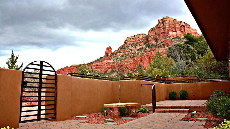 Beautiful Chapel Estates - near Chapel of the Holy Cross, Ferienwohnung in Sedona