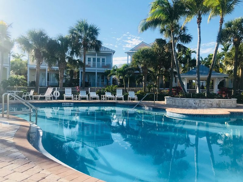 January 10% OFF! Boat Slip included, 2 Beaches, Pool, Oceanfront Anglers Reef, vacation rental in Islamorada