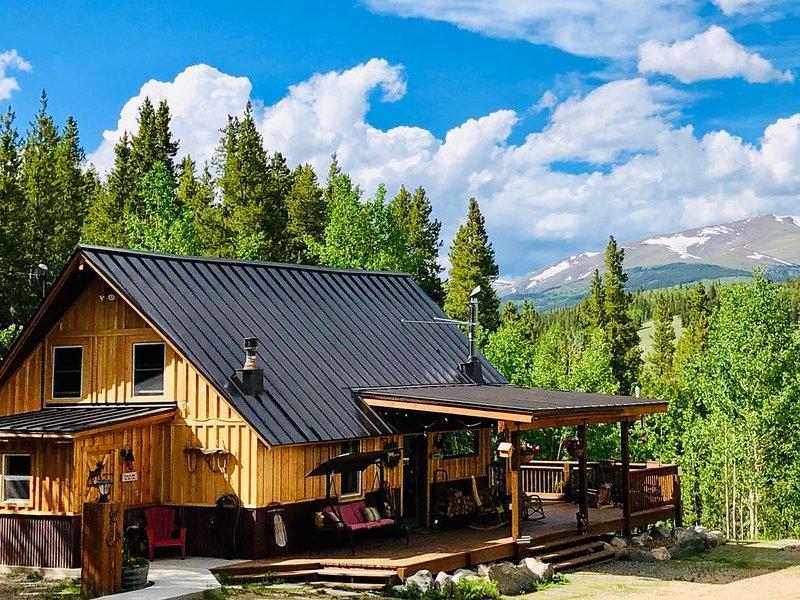 Vista del majestuoso monte. Silverheels desde cubierta y cabina! ¡Disfruta de nuestro nuevo revestimiento de madera!