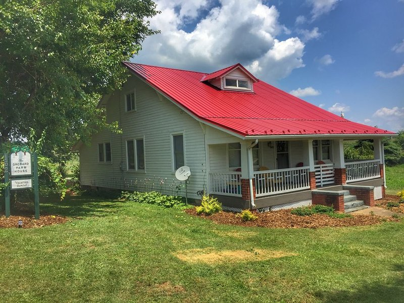 Relaxing stay at Morris Orchard 25 minutes from Liberty University., alquiler de vacaciones en Madison Heights