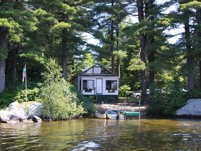 Cottage & Guest House - Lake Thompson, Poland Spring, Maine, aluguéis de temporada em Poland Springs