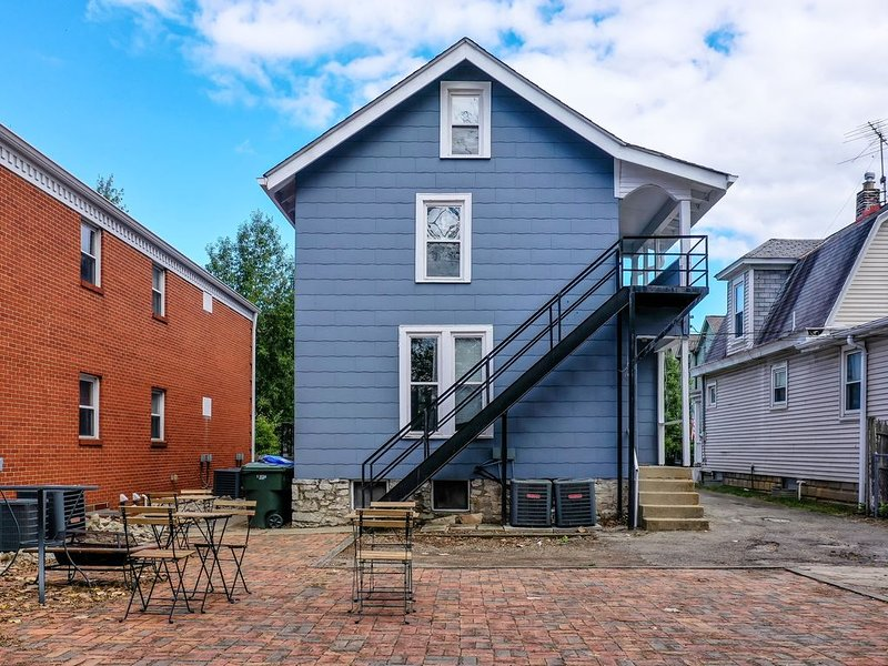 Luxurious Spacious Home, Minutes from Downtown, vacation rental in Columbus