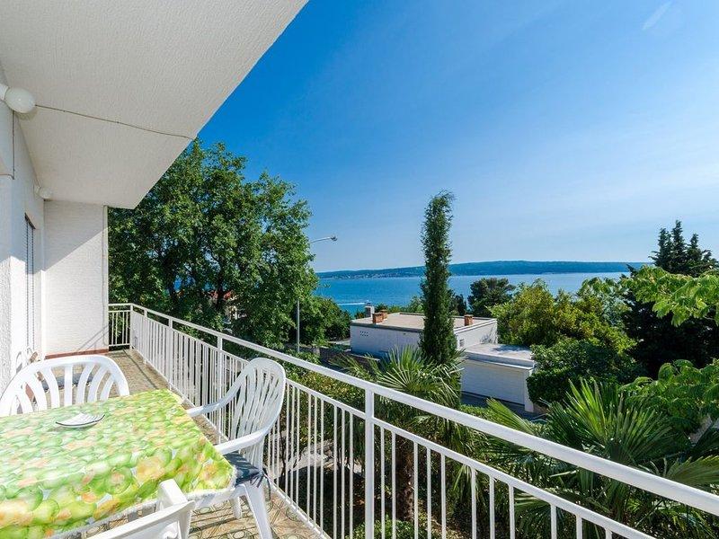 Ferienwohnung 80 m vom Strand, holiday rental in Crikvenica