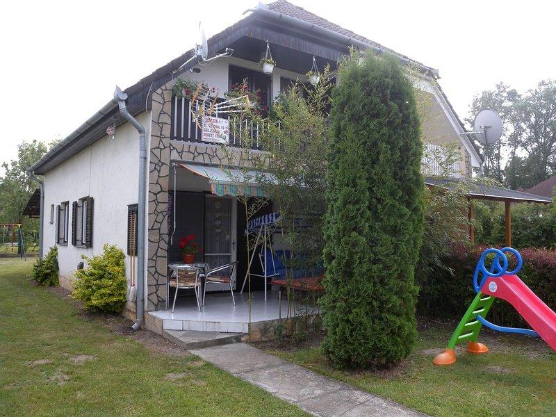 Ferienhaus tónál Internet és Grill, casa vacanza a Vonyarcvashegy
