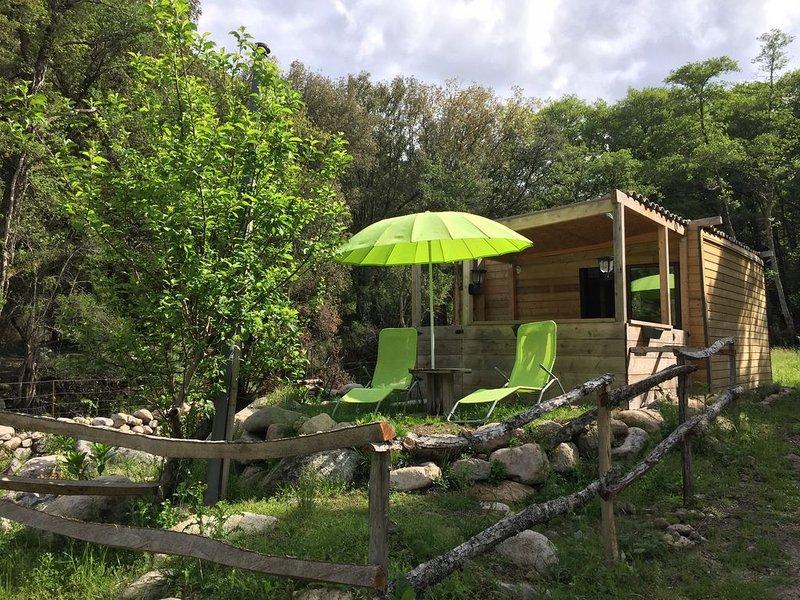 PETIT COIN TRANQUILLE POUR LES AMOUREUX DE LA NATURE..., vacation rental in Petreto-Bicchisano