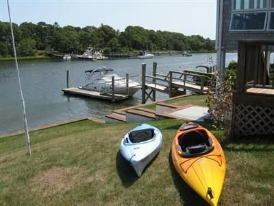 Waterfront Home with Panoramic Water Views, Walk to Beach, vacation rental in Falmouth