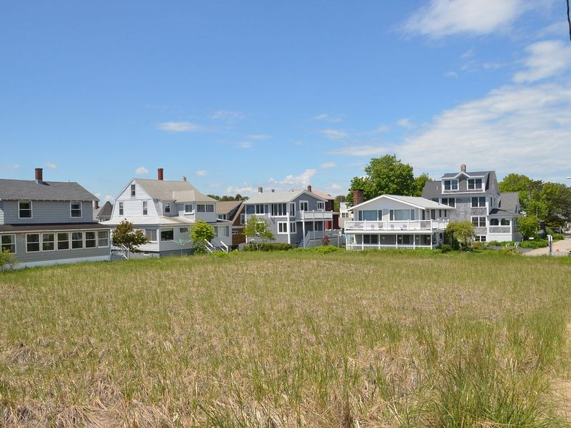 Beautiful Ocean Views in a Dream Cottage, alquiler de vacaciones en Biddeford Pool