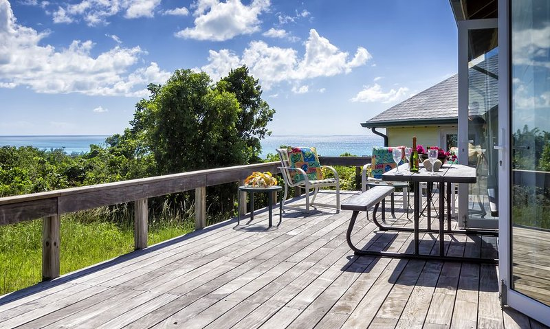 The Highest Residence In The Bahamas. Panoramic Ocean Views., holiday rental in Cat Island